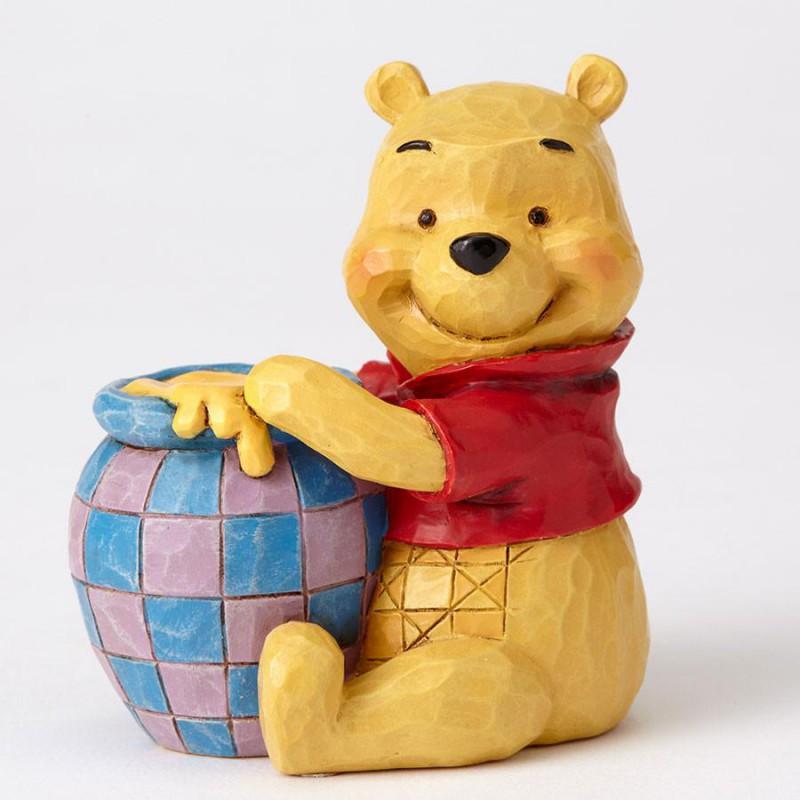 image du jeu Figurine Disney Traditions - Winnie L'ourson - Winnie L'ourson (fenêtre Transparente) sur AUTRES